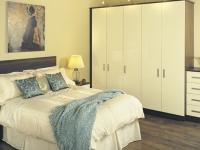 bedroom2large